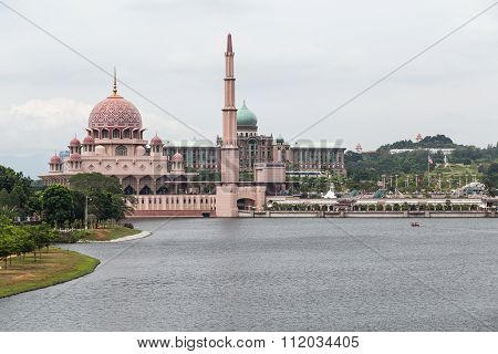 Putra Mosque, Perdana Putra And Dataran Putra In  Putrajaya