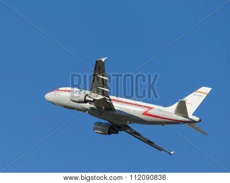 Airbus-a319, Iberia Airlines