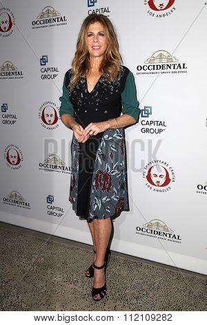 LOS ANGELES - DEC 8:  Rita Wilson at the 25th Annual Simply Shakespeare at the Broad Stage on December 8, 2015 in Santa Monica, CA