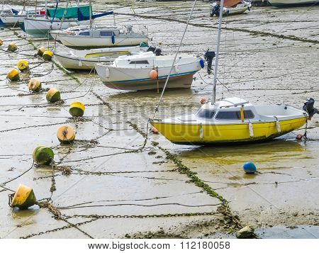 Yachts in a bay during outflow