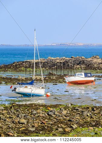 Fishing boats in a bay during outflow