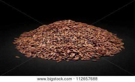 Pile of Organic Linseed (Linum usitatissimum)