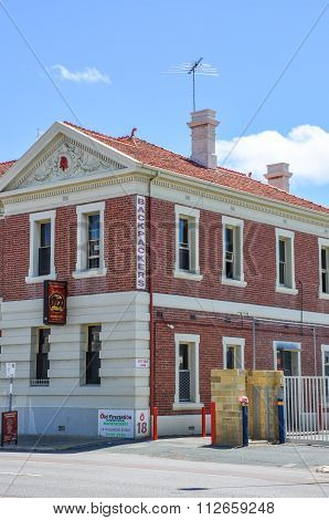 Fremantle: Old Fire Station Backpackers