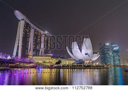 Singapore, Singapore - Circa September 2015: Singapore City Lights, Artscience Museum, Marina Bay Sa