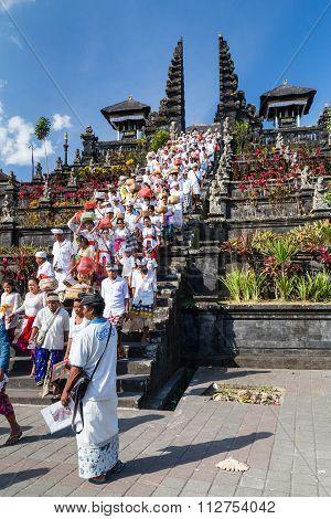 Village Of Besakih, Bali/indonesia - Circa October 2015: People Are Returning From Praying In Pura B