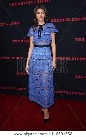LOS ANGELES - DEC 07:  Zendaya Coleman arrives to the