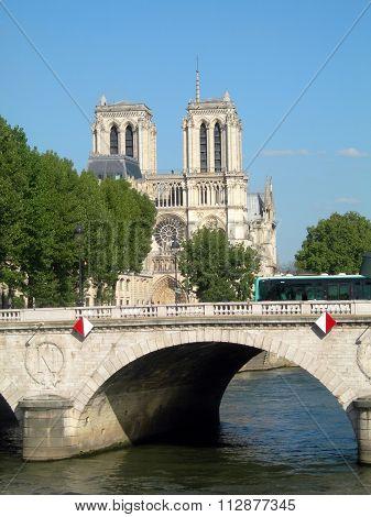Pont Notre Dame River Seine Notre Dame Cathedral Paris France Europe