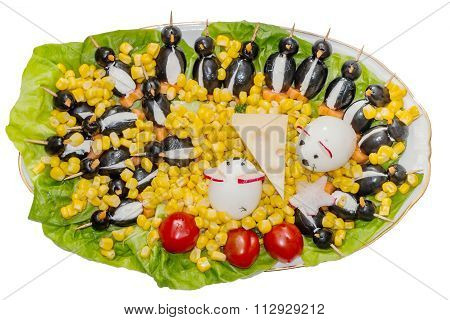 Special plate with penguins and mice