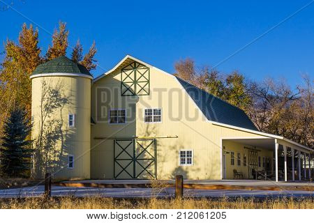 Modern Barn With Loft & Large Turret