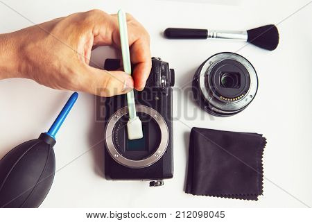 Mirrorless Sensor Cleaning And Maintenance,