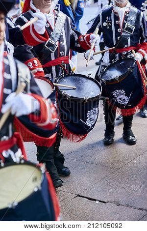 Soldiers Drumming Image & Photo (Free Trial) | Bigstock