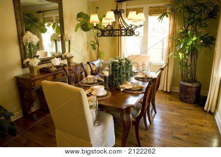 Dining Room 1822