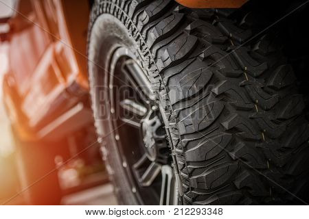 Heavy Duty Professional Off Road Truck Tires and Vehicle Suspension.