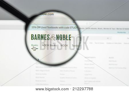 Milan, Italy - August 10, 2017: Barnesandnoble Website Homepage. It Is A Fortune 500 Company, The Bo