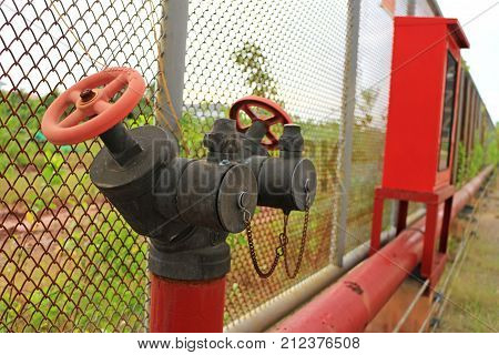 Fire Hydrant Siamese Connection Style with Fire Hose Cabinet