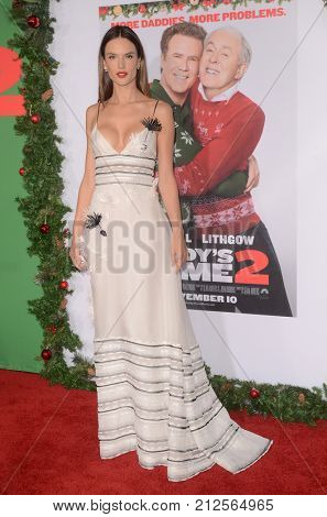 LOS ANGELES - NOV 5:  Alessandra Ambrosio at the