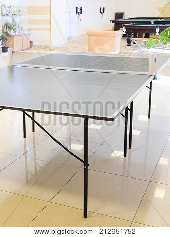 Interior of ping pong table