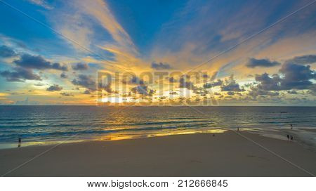Karon beach is a beach is broad and long. Sand and beautiful beach suitable for swimming and used as a training dive.the reef looks quaint stretch to Crab Island.there have many kind of water sports