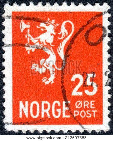 NORWAY - CIRCA 1923: Postage stamp printed in Norway depicted Lion Rampant circa 1923