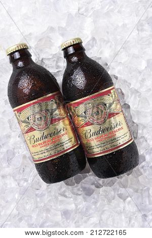 Budweiser 1933 Repeal Reserve Amber Lager On Ice