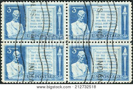 USA - CIRCA 1948: A postage stamp printed in USA (block of 4 stamps) dedicated to 85th anniversary of Abraham Lincoln's address at Gettysburg shows a portrait of Abraham Lincoln and Quotation from Gettysburg Address circa 1948
