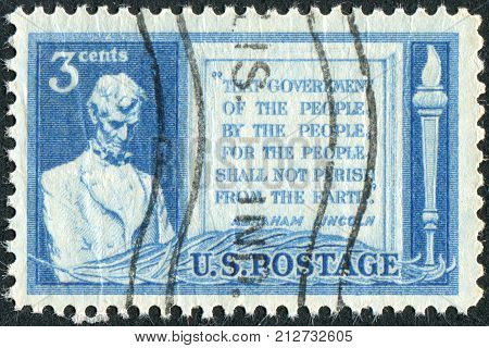 USA - CIRCA 1948: A postage stamp printed in the USA dedicated to the 85th anniversary of Abraham Lincoln's address at Gettysburg shows a portrait of Abraham Lincoln and Quotation from Gettysburg Address circa 1948