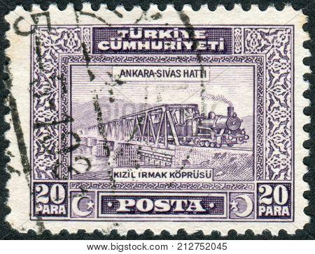 TURKEY - CIRCA 1930: Postage stamp printed in Turkey depicted Railroad Bridge over Kizil Irmak circa 1930