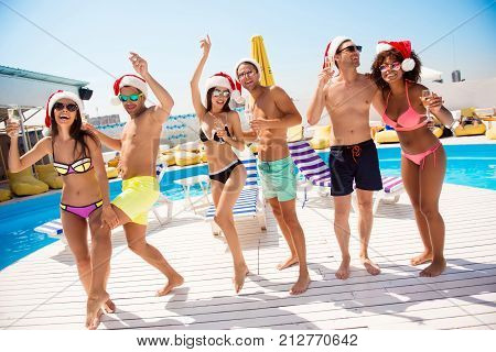 Crazy Moves! Non Stop Seasonal Feast At Beach Resort. Six International Hot Teens Students In Divers