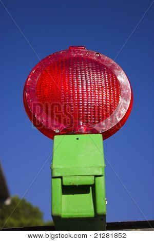 Red road work light