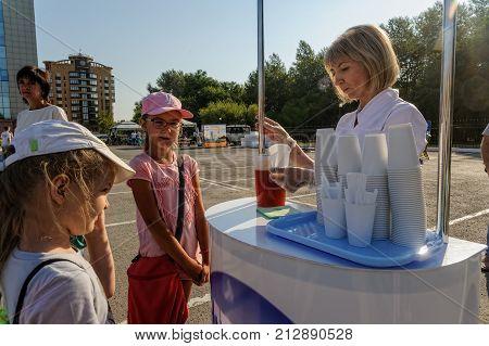 Oxygen Cocktails On Open Day Of Sberbank. Tyumen