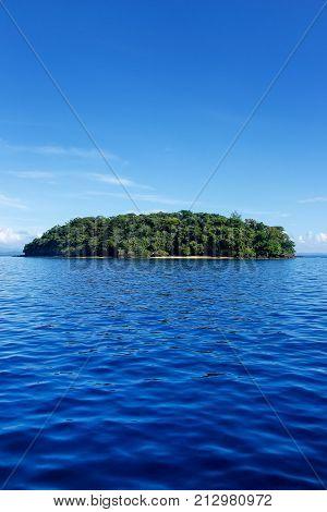 Small Island Off The Coast Of Taveuni, Fiji
