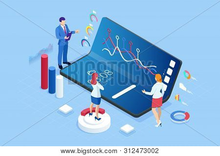 Isometric Business And Finance Analysts, Analyzing Key Performance Indicators, Business Data Analyst
