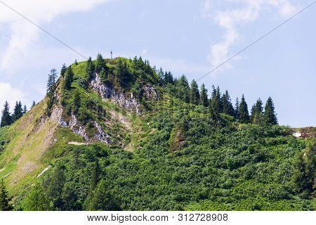 Path To The Beautiful Sonntagskogel Mountain In Alps, Sankt Johann Im Pongau District, Salzburg Fede