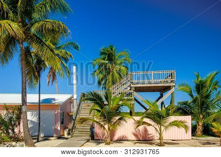 Little Cayman, Cayman Islands, Nov 2018, Observatory Deck Between Booby Pond And Guy Banks Road