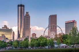 Atlanta, Georgia/usa - July 7th 2019: Sunset In Atlanta At Centennial Olympic Park