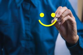 Conceptual The Customer Responded To The Survey. The Client Using Digital Pen Write Happy Face Smile