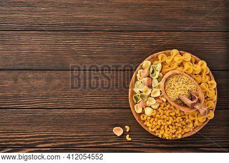 Variety Of Traditional Italian Pasta: Colorful Spaghetti, Tagliatelle, Farfalle, Penne, Ptititm, Noo