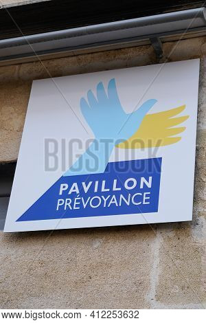 Bordeaux , Aquitaine France - 03 08 2021 : Pavillon Prevoyance Brand Logo And Text Sign Front Of Age