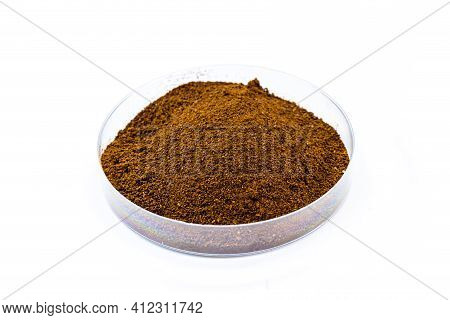 Brown Iron Oxide, Synthetic Iron Oxide Used As A Dye