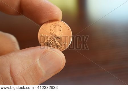 2021 Penny Close Up In Hand High Quality