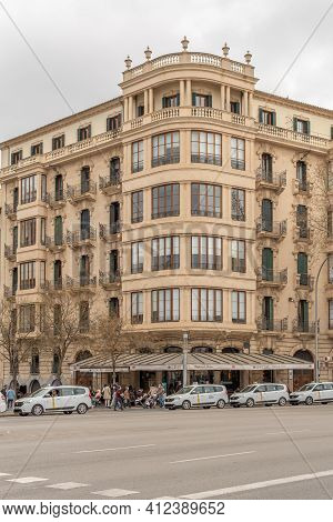Palma De Mallorca, Spain; March 04 2021: Facade Of The Famous Bar Cristal In The Historical Center O