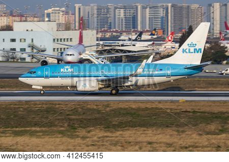 Istanbul, Turkey - March 27, 2019: Klm Boeing 737-700 Ph-bgo Passenger Plane Departure At Istanbul A