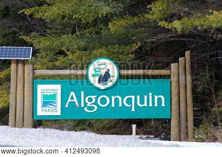 Algonquin Park, Ontario, Canada - March 12, 2021: The Ontario Parks Sign For Algonquin Provincial Pa