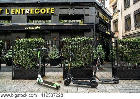 Lyon, France, April 7, 2019:street Restaurant In The Historic Center Of Lyon, France