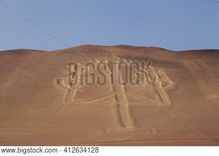 Photograph Of The Paracas Candelabra, A Famous 180-meter Long Geoglyph, Related To The Nazca Geoglyp