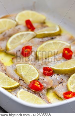 baked cod fish with lemon and chilli