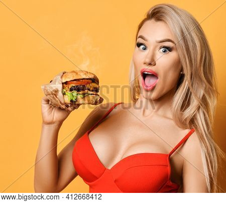 Woman Hold Big Cheeseburger Burger Sandwich With Open Hungry Mouth Surprised Happy Screaming Laughin