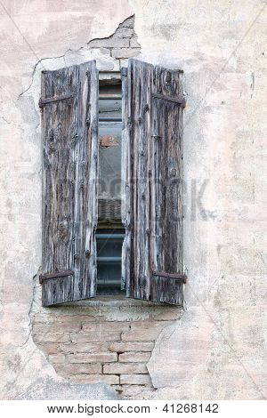 Wooden shutters, Emilia Romagna, Italy