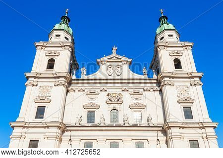 Salzburg Cathedral Or Salzburger Dom Is The 17-th Century Baroque Roman Catholic Church In Salzburg,