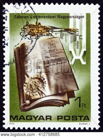 Hungary - Circa 1976: A Stamp Printed In Hungary Shows Standard Meter, Hungarian Meter, Introduction